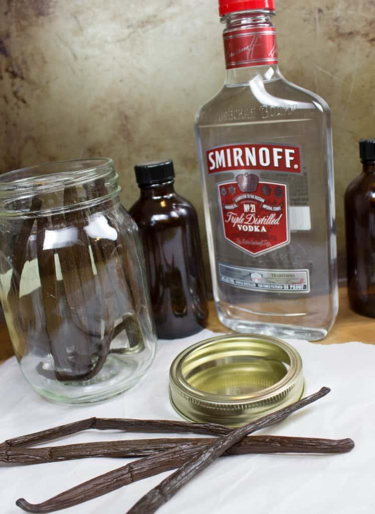 Vanilla Extract Ingredients and Supplies