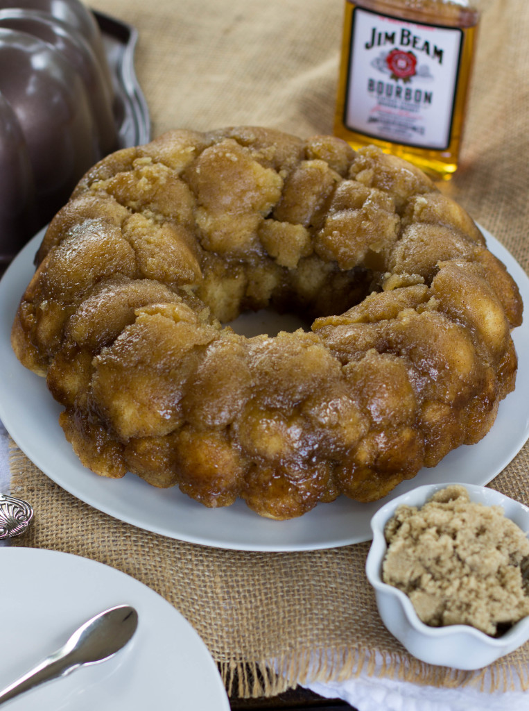 A No Yeast Monkey Bread made from scratch that doesn't require yeast -- this is so good!    Sugar Spun Run
