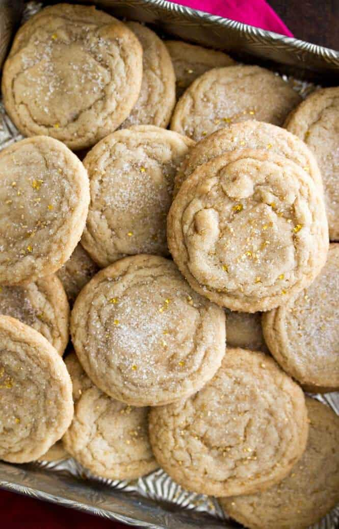 Maple Brown Sugar Cookies -- soft and chewy and with a delicious hint of maple flavor!    Sugar Spun Run