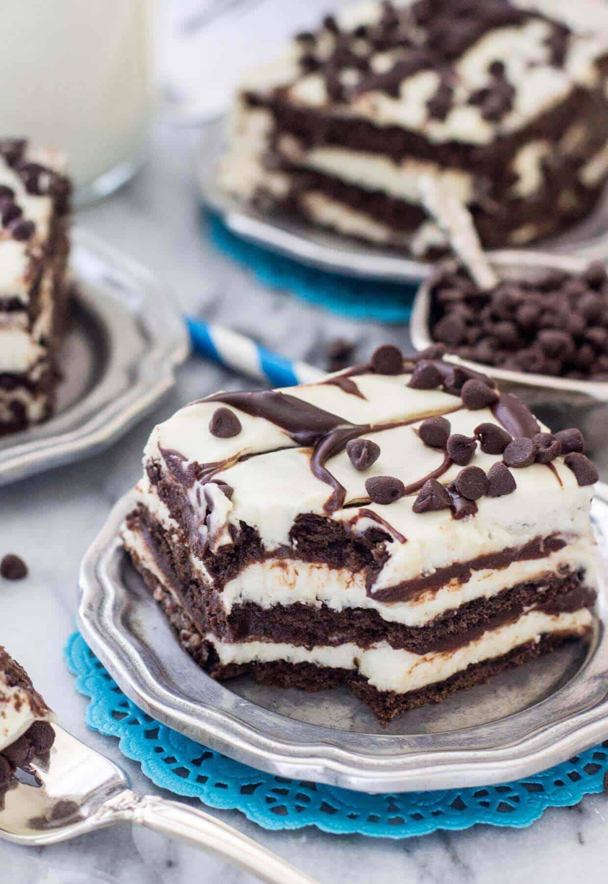 Chocolate Icebox Cake -- www.SugarSpunRun.com