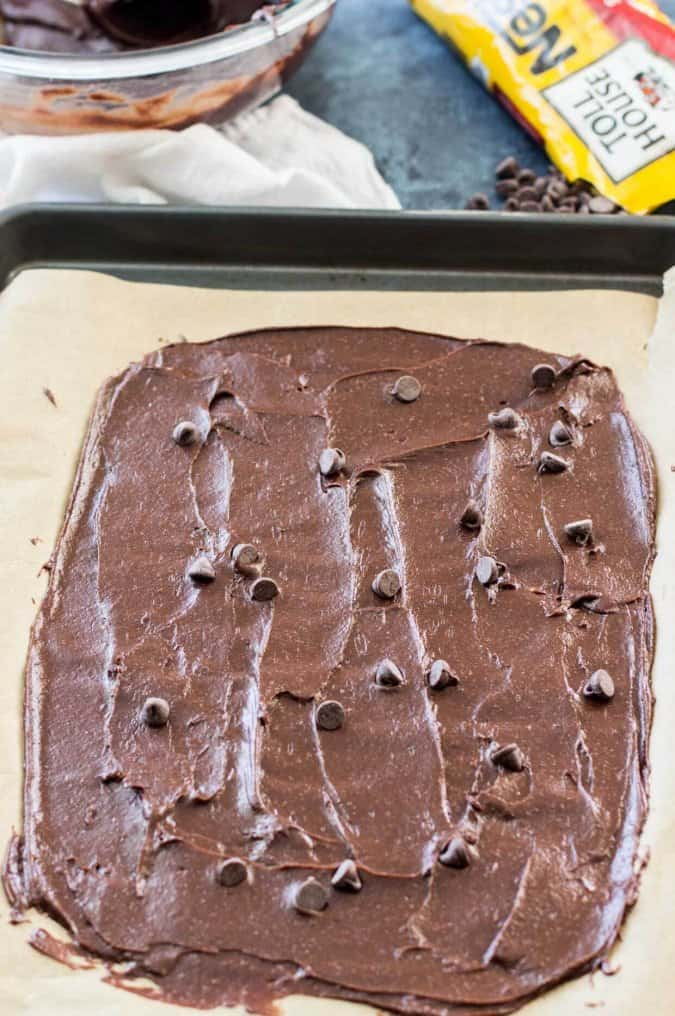 Easy Brownie Brittle Recipe - way cheaper than buying it from the store!