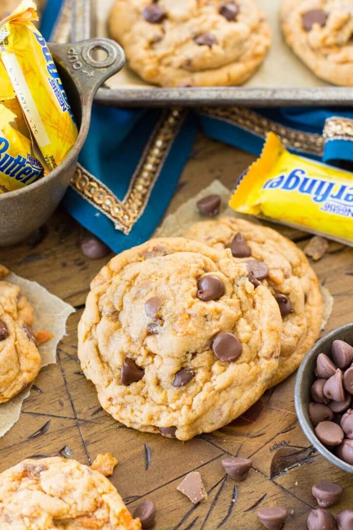 Chewy butterfinger cookies with crunchy candy pieces -- these are SO good, made with a box of pudding!