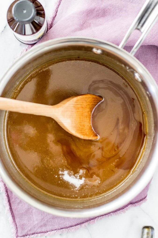 Easy salted caramel sauce || Sugar Spun Run